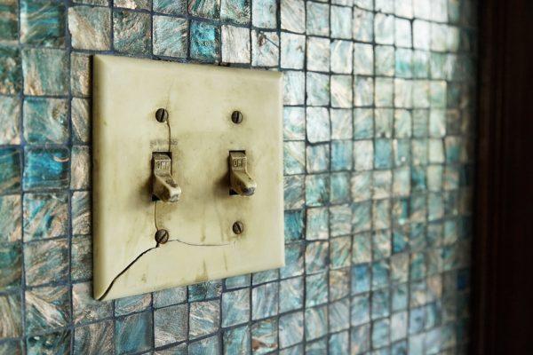 broken light switch